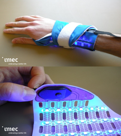 Wrist-based phototherapy device